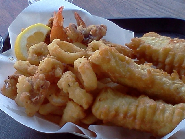 Fish, chips, shrimp, calamar