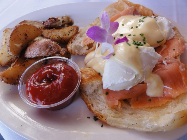 Fresh Fish Benedict - Smoked Salmon